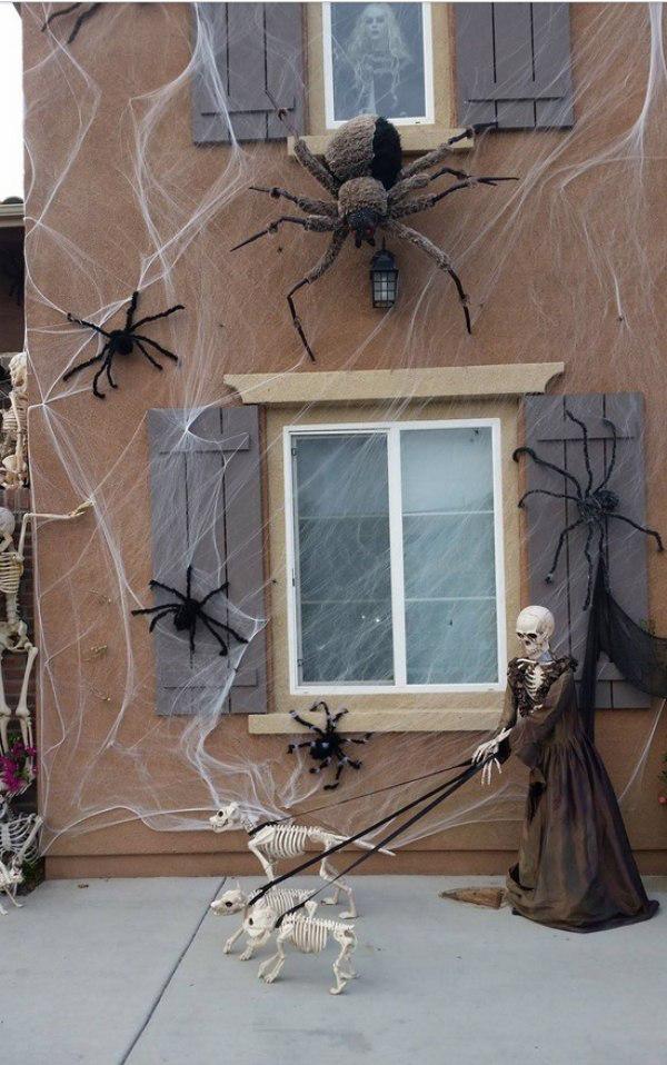 outdoor-halloween-decoration